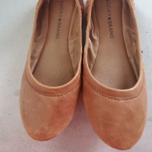 Lucky brand brown leather flats